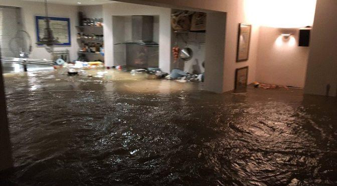 Wielka Brytania: Kolektyw Class War bierze odpowiedzialność za zalanie kilkudziesięciu deweloperskich mieszkań
