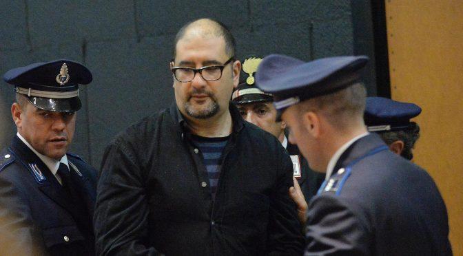 Włochy: Władze więzienne konfiskują najnowsze teksty Alfreda Cospito