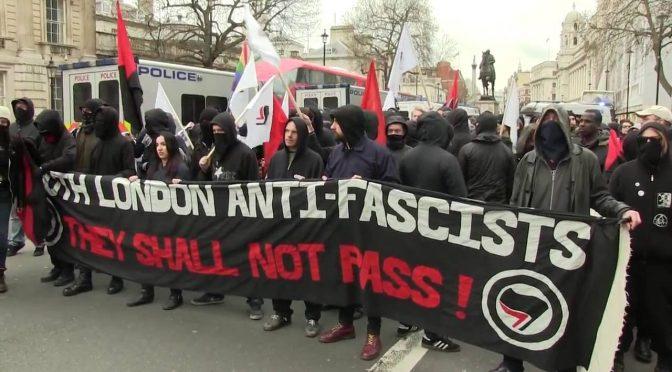 Wielka Brytania: Antyfaszyści publikują listę członków Blood & Honour