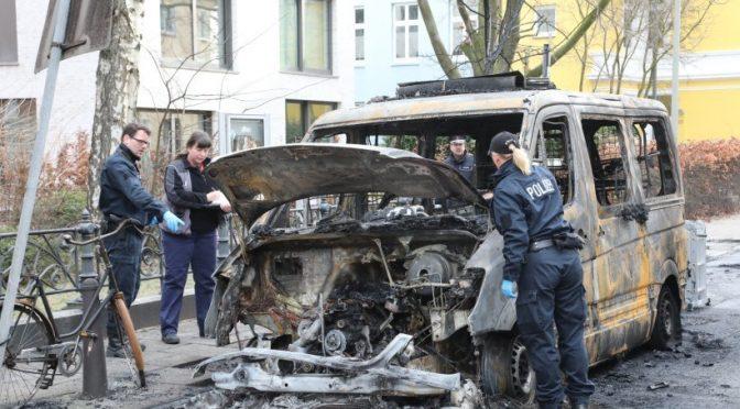 Niemcy, Hamburg: Ogień i płomienie dla policji