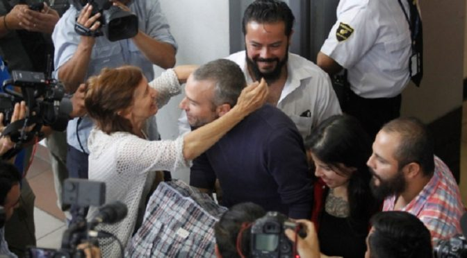 Chile: Nareszcie wolni! Mónica Caballero i Francisco Solar wracają na ulicę!