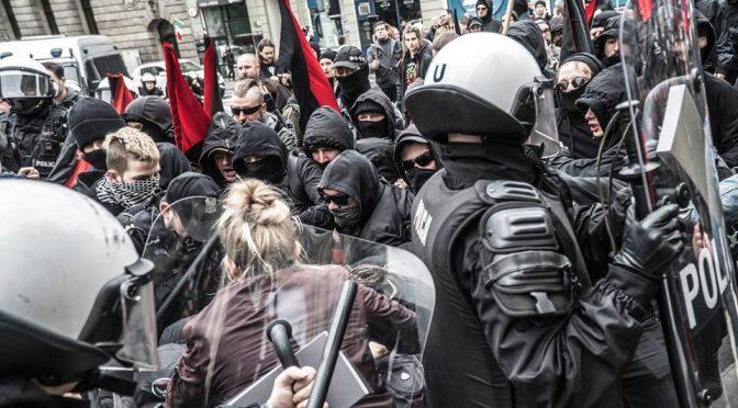 Demo w Poznaniu: Dwa światy anarchizmu