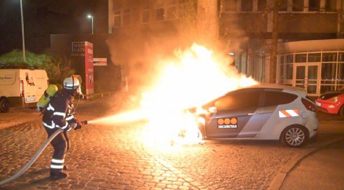 """Niemcy: Podpalenie samochodu należącego do firmy ochroniarskiej ,,Securitas"""" w Hamburgu"""