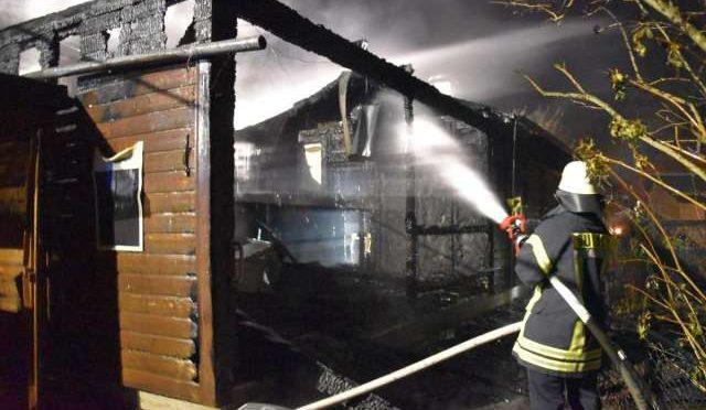 Niemcy, Memmingen: neonazistowski klub spalony przez antyfaszystów
