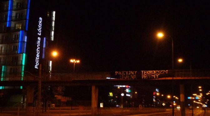 Łódź: Transparent w solidarności z warszawską Trójką