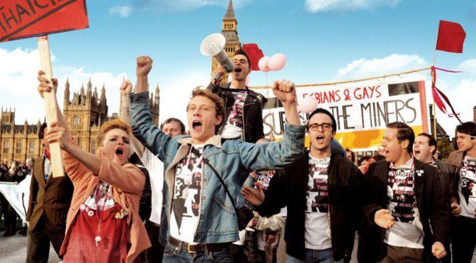 """Film: """"Dumni i wściekli"""" – geje, lesbijki i górnicy razem przeciwko Thatcher"""