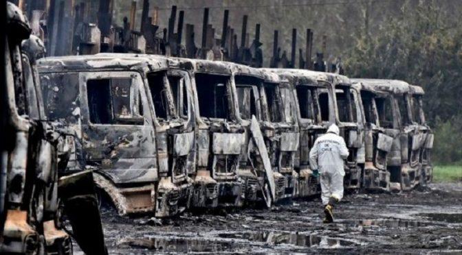 Wallmapu: Podpalenie floty ciężarówek w dniu rozpoczęcia procesu 10 aktywistów z plemienia Mapuczy
