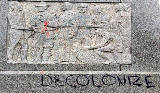 USA: Zniszcz kolonializm – Raport z akcji w dzień Kolumba