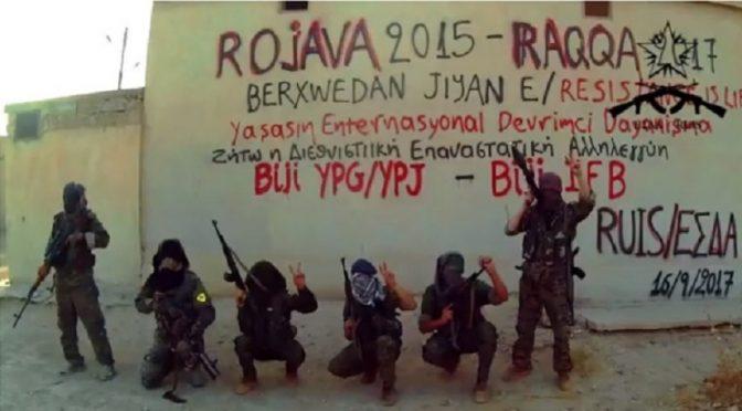 Syria: Bojownicy z Rewolucyjnego Związku na rzecz Międzynarodowej Solidarności (RUIS) walczą w ramach Międzynarodowego Batalionu Wolności (IFB) w Rakkce (wideo)