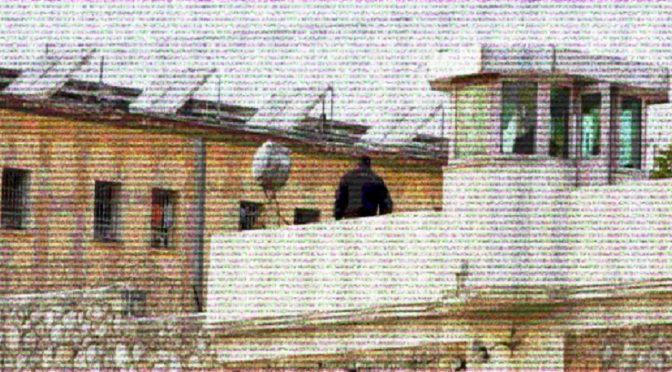 Grecja: Sprawa Konstantinosa Yiagtzoglou, powstanie w więzieniu Korydallos i akcje solidarnościowe (wideo)