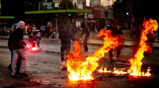 Chile: insurekcyjna solidarność przed nadchodzącymi procesami przeciwko Joaquinowi i Kevinowi