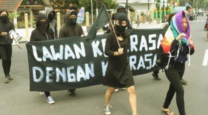 Jawa, Indonezja: Wolnościowa Federacja Studencka wzywa do bezpośredniej przemocy przeciwko wszelkim formom represji seksualnych w Indonezji