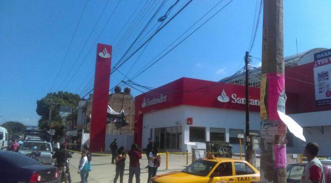 Oaxaca, Meksyk: Nieformalna Brygada Akcji im. Bruna Filippi detonuje ładunek pod bankiem Santander