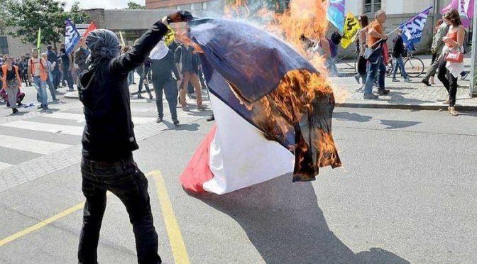 Niech płoną ognie radości, niech spłonie Francja!