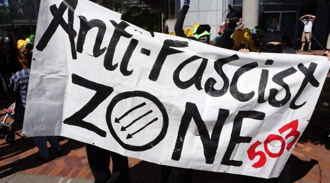 Kto potrzebuje faszystów, gdy jest policja? Refleksje z antyfaszystowskiej mobilizacji w Portland 4 sierpnia (wideo)