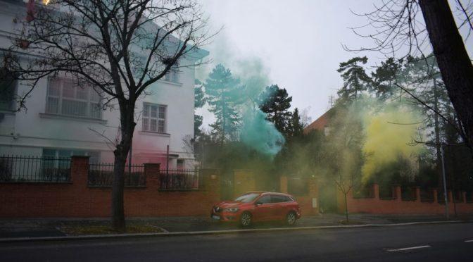 Praga: Czechy: Atak na ambasadę Turcji w akcie solidarności z Rożawą