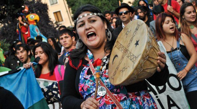 Od Rożawy do zmagań plemion Mapuche: Nasienie kurdyjskiej rewolucji rozsiewa się na Amerykę Południową