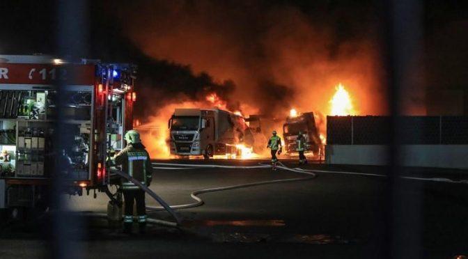 Bamberg, Niemcy: Wywrotowy Maj – podpalenie samochodów więziennego przedsiębiorstwa Massak Logistics