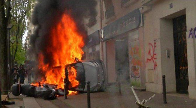 Francja: Wezwanie do solidarności po 1 maja w Paryżu