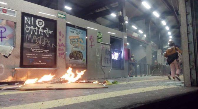 México City, Meksyk: Wiedźmy Insurekcji wzywają do działania