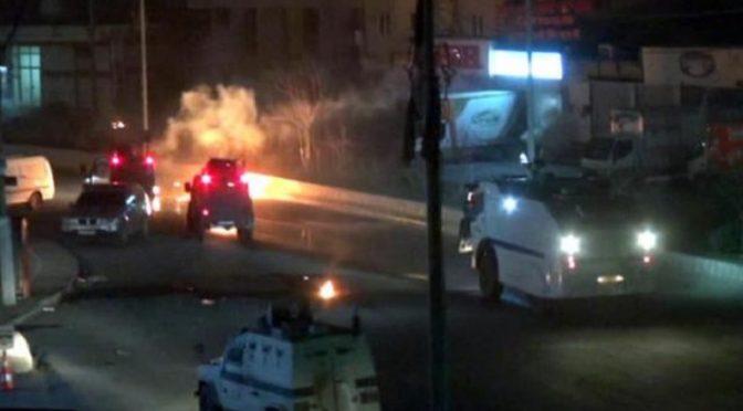Północny Kurdystan: Odziały Zemsty atakują punkt kontrolny policji i podpalają samochody należące do AKP w Amed i Adana
