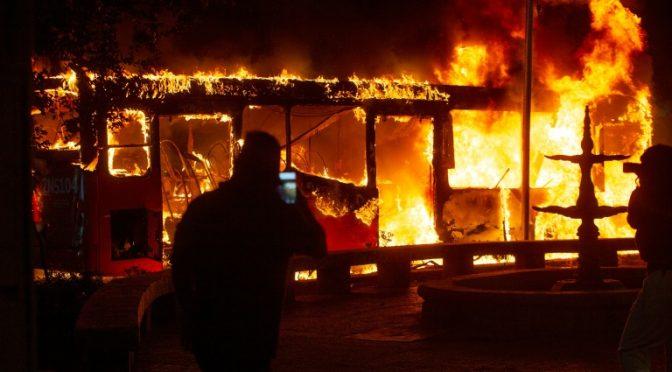 Santiago, Chile: 40 dni powstania, nie pozwólmy aby monotonia wyhamowała rewoltę.