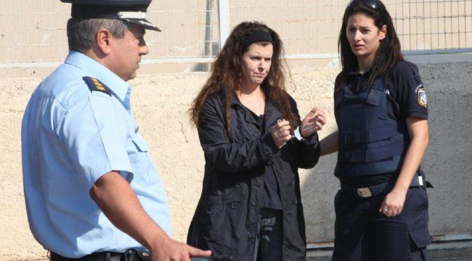 Grecja: Członkini Walki Rewolucyjnej Pola Roupa – Nierówności społeczne i klasowe pomnażają pandemię