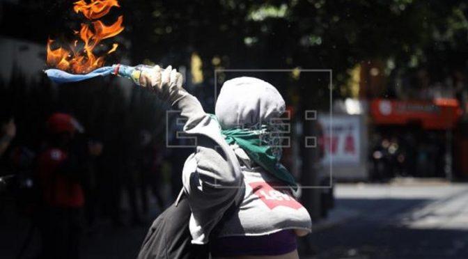 Meksyk w ogniu zamieszek przeciwko represjom policyjnym (wideo)