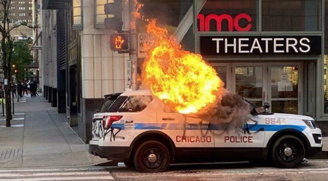 U $ A: Chicago powstaje przeciwko policyjnym mordercom