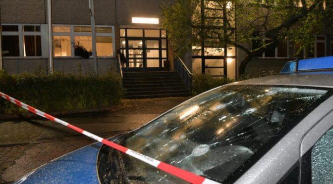Berlin, Niemcy: Policyjny komisariat celem ataków i sabotażu w odwecie za ewikcje Liebig34