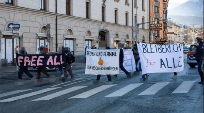 Innsbruck, Austria: Blokady przeciwko deportacjom