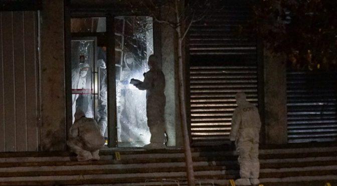 Las Condes, Chile: Atak na BancoEstado