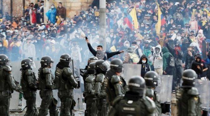 Kolumbia: Masakry wobec osób demonstrujących wciąż trwają