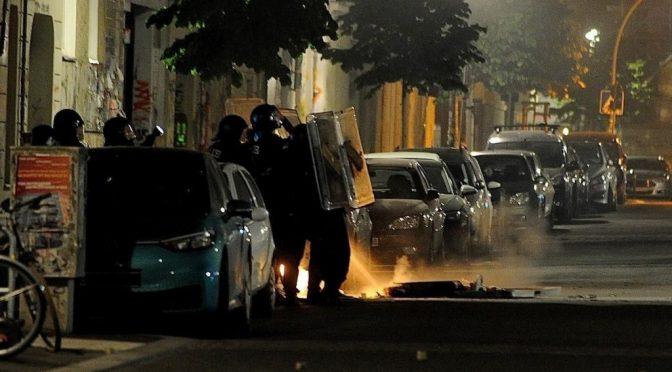 Niemcy, Berlin: Zamieszki w obronie Rigaer94